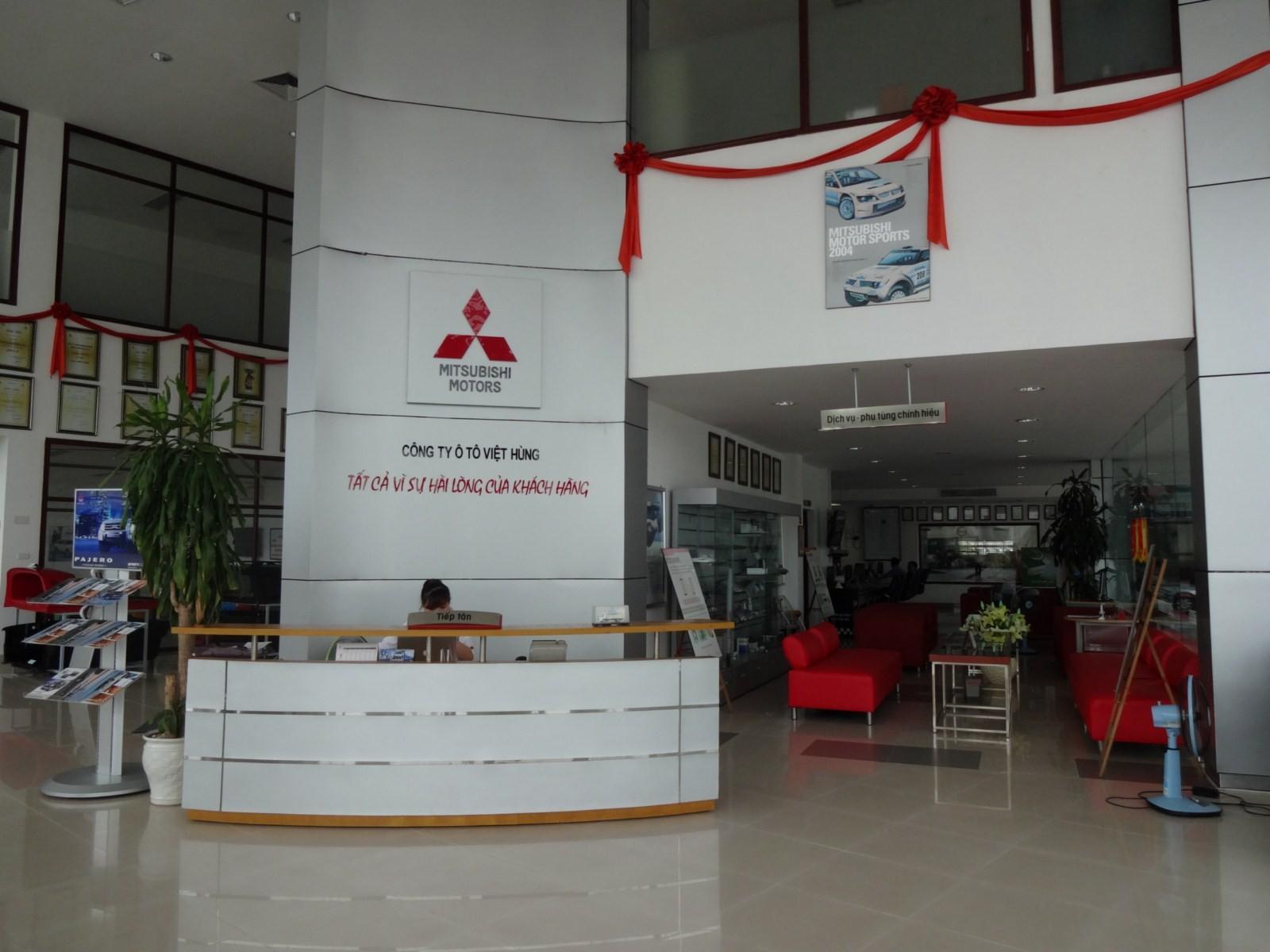 Khu vực bán hàng Mitsubishi Hà Đông