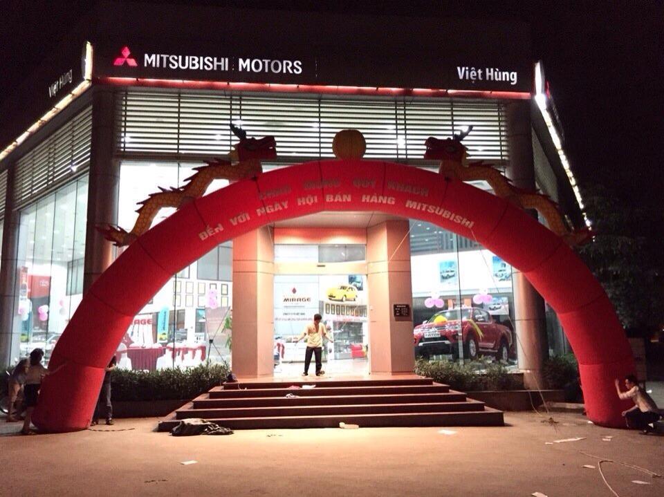 Showrom Mitsubishi Việt Hùng
